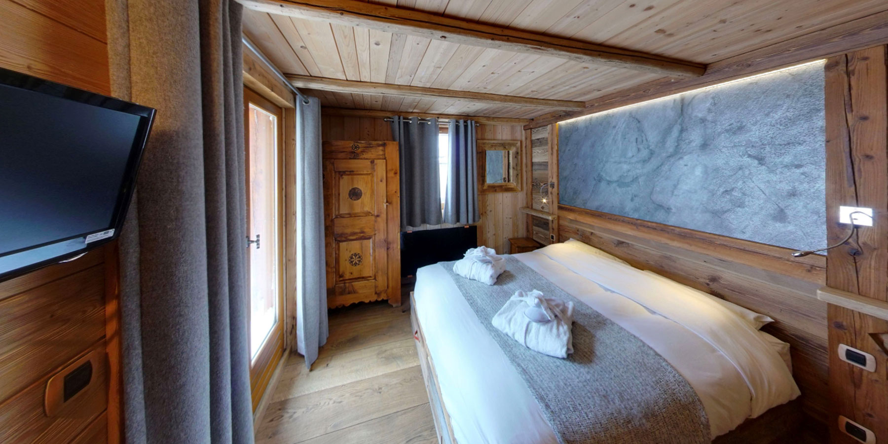 6 confortable bedrooms with en-suite bathrooms